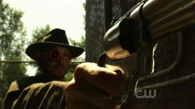 File:Deadshot (Smallville).jpg