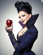 Once upon a time walt disney abc serie season 2 temporada segunda 2012 regina evil queen reina malvada blancanieves snow white lana parrilla imagen promocional still critica