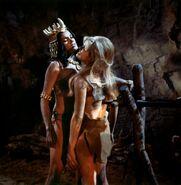Femmes-prehistoriques-67-01-g