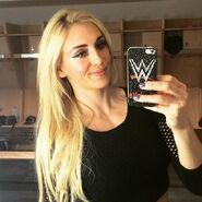 Charlotte Selfie