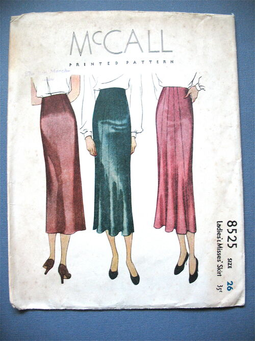 Mccall 8525
