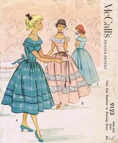 McCalls 1952 9123