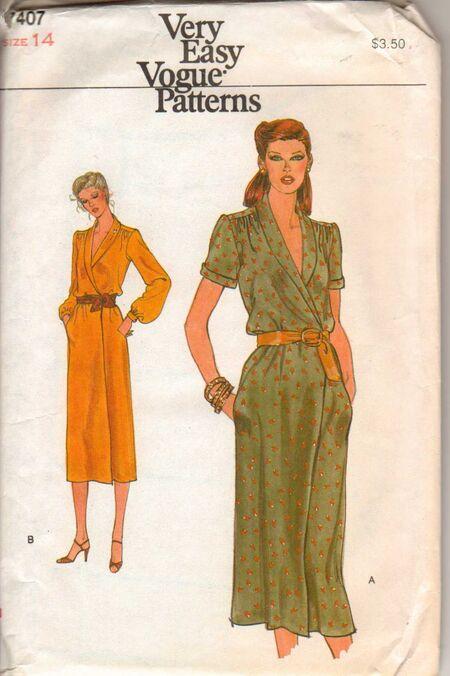 Vogue 7407 Size 14