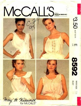 McCalls 1983 8592