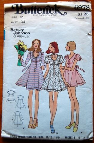File:Butterick 6978.jpg