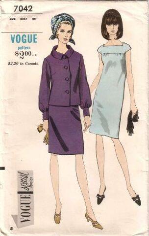 File:Vogue7042.jpg
