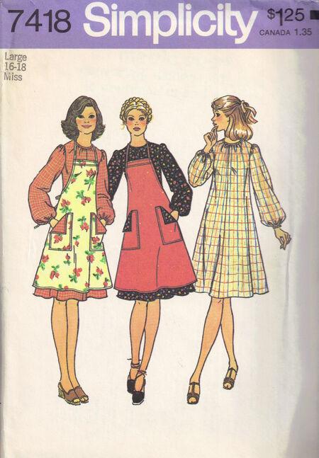 C1976 7418 Simplicity Apron dress