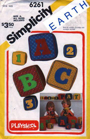 Simplicity 6261 2