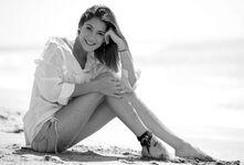 Martina-stoessel-photoshoot-sitoweb-1