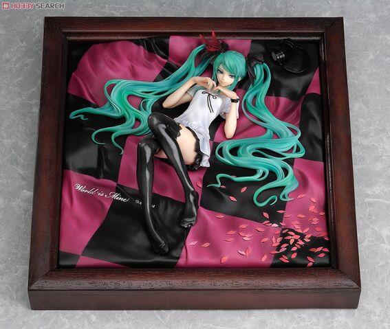 File:Hatsune Miku 1 8 figurine - WorldisMine.jpg