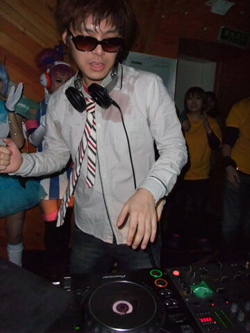 File:The Vocaloid Master DJ Kors K.jpg