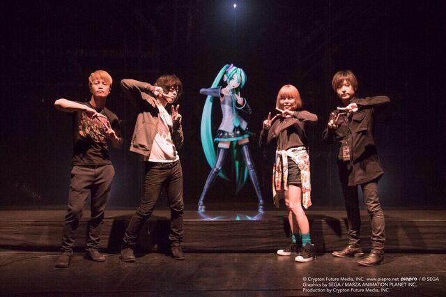 File:Miku Expo NA MKP39.jpg