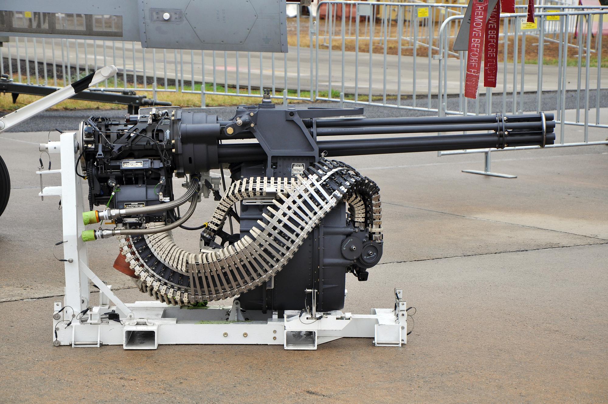 Big gun M61 Vulcan - YouTube