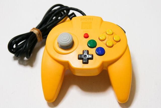 File:Hori n64 pad yellow 93818 zoom.jpg