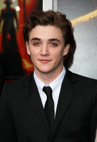 File:Kyle-Gallner.jpg