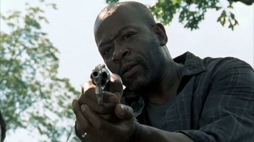 File:500px-Walking.Dead-Morgan-Revolver-1.jpg