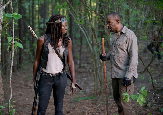 File:AMC 601 Michonne Morgan Woods.png