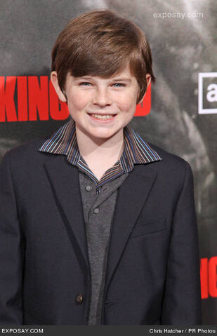 File:Chandler-riggs-walking-dead-los-angeles-Q7xQAd.jpg