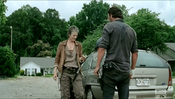 Walking-dead-carol-banished