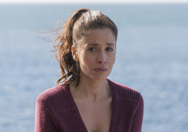File:FTWD 201 Ofelia Troubled.png
