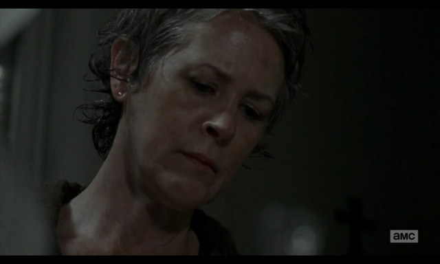 File:5x02 Carol Observing.png