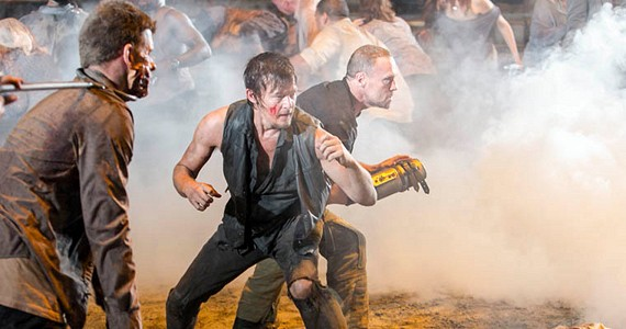 File:The-Walking-Dead-Season-3-Episode-9-Daryl-and-Merle-Fight.jpg