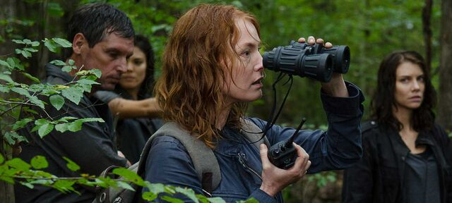 File:The-walking-dead-episode-613-paul-witt-1600x720.jpg