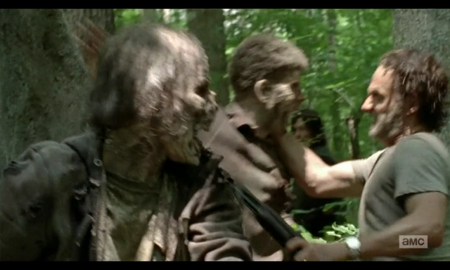 File:5x02 Gabriel's Walker 1's Death.png