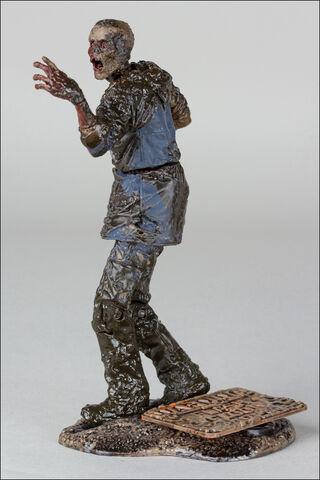 File:McFarlane Toys The Walking Dead TV Series 7 Mud Walker 3.jpg