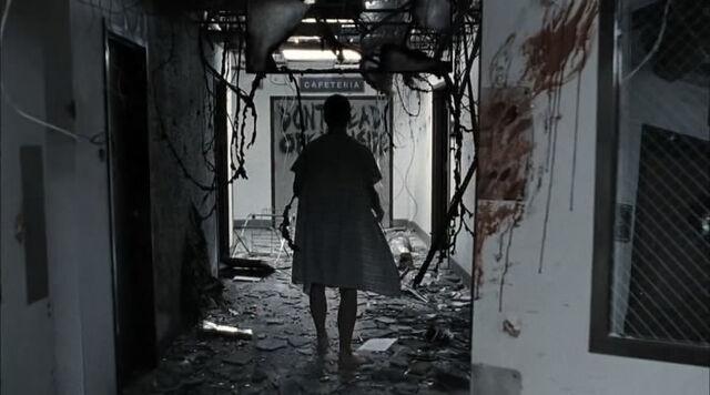 File:К1х01 коридоры больницы.jpg