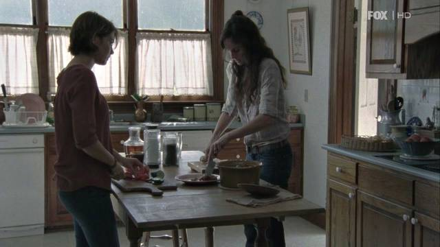 File:Maggie and Lori 2x10.jpg