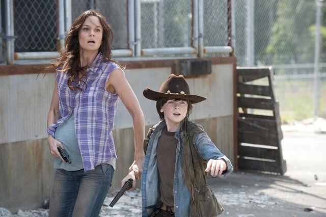 File:Walking-Dead-304-07.jpg