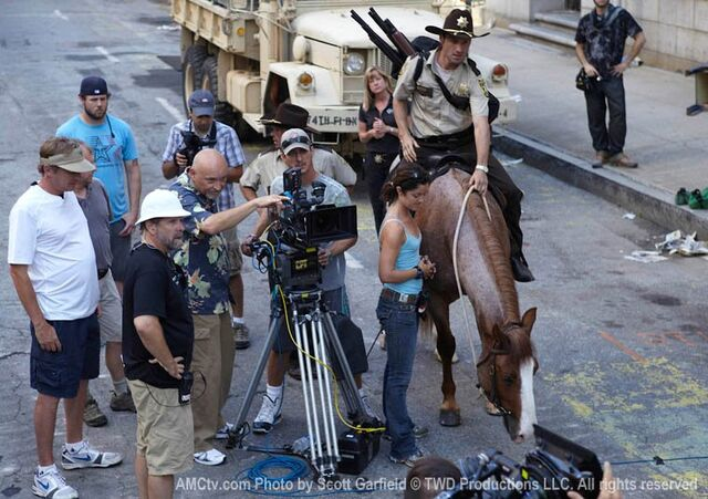 File:The Walking Dead Being Filmed, 7.jpg