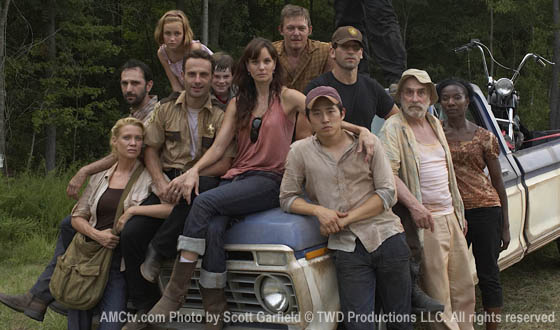 File:Twd-cast-bts-560.jpg