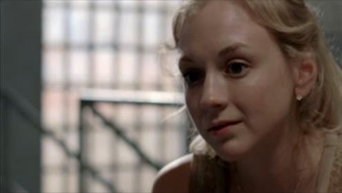 File:Beth comforting Carl Deleted Scene.JPG