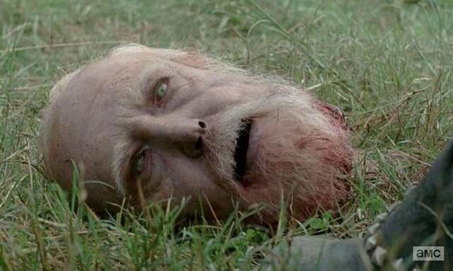 File:Hershel zombie 4x09 (2).jpg