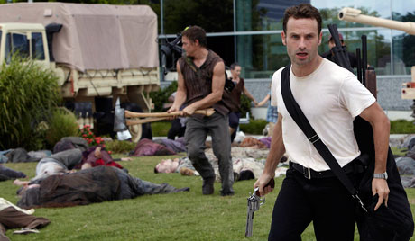 File:Daryl and Rick escaping the CDC.jpg