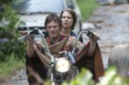 File:Maggie-Daryl.jpg
