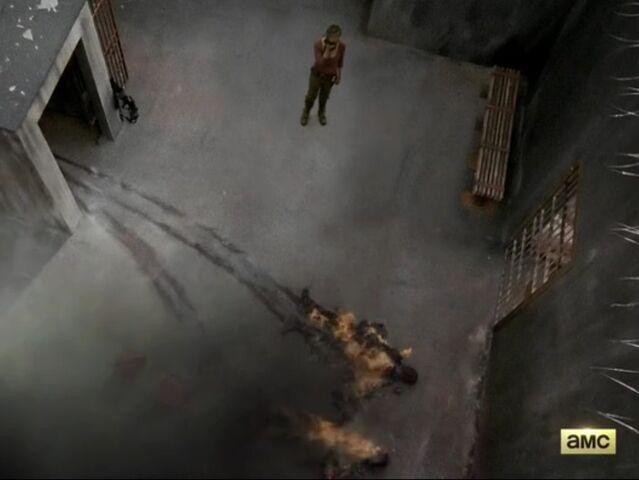 File:Carolburnsintheprison.jpg