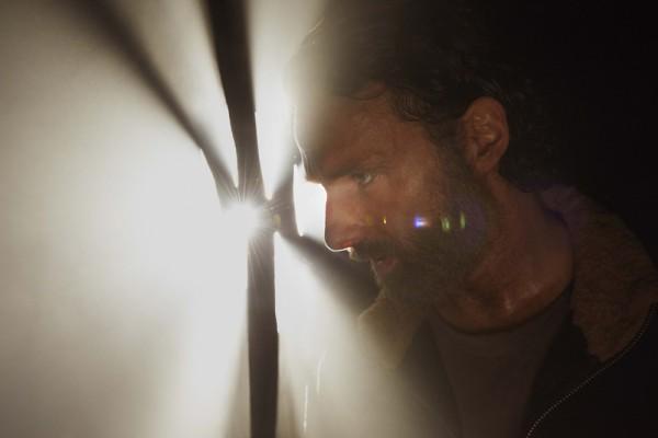 File:The-Walking-Dead-S05-13set2014-2.jpg