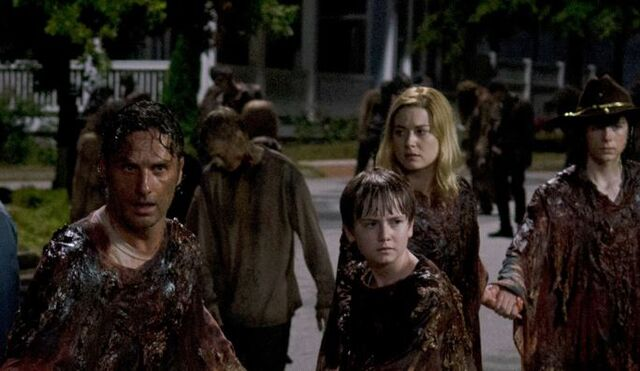 File:Rick-Sam-Jessie-Carl-The-Walking-Dead-609.jpg