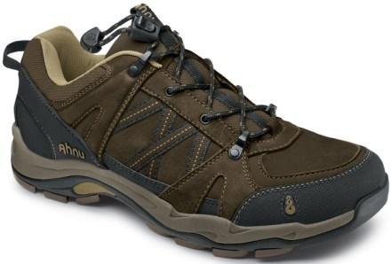 File:Hiking Shoes.jpg