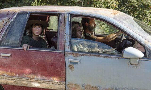 File:The-Walking-Dead-Recap-5x11-The-Distance-800x478.jpg
