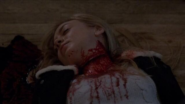 File:Emily Kinney as Mallory in the following corpse.JPG