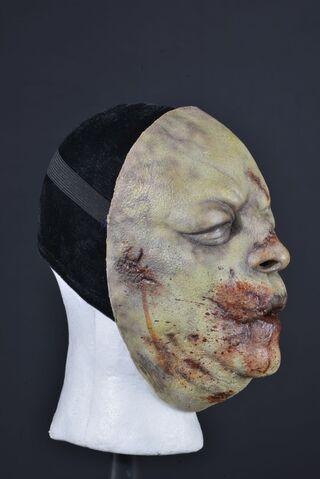 File:Bloated Walker Face Mask 3.jpg