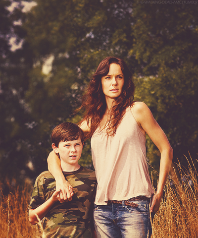 File:Lori and Carl S2.png