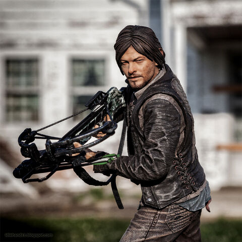 File:Walking dead daryl action figure.jpg
