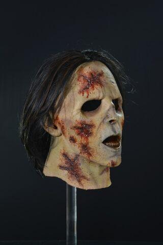 File:Suit Walker Zombie Mask 2.jpg