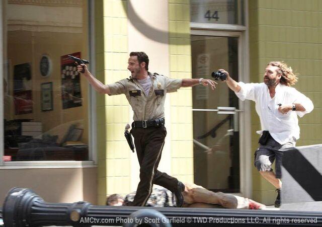File:The Walking Dead Being Filmed, 10.jpg