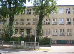 Kowieńska (nr 12-20, szkoła).JPG